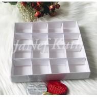 20x20x3 Asetat Kapaklı Kutu 16 Bölmeli