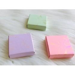 4x4x1 Madlen Çikolata Kutu Yaldız