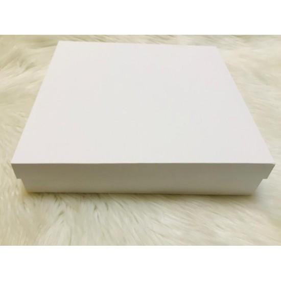 Karton Kutu Beyaz 33x33x7